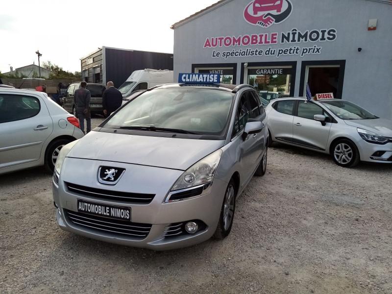Peugeot 5008 HDI 112  1.6L  ACTIVE 7 PLACES Diesel GRIS C Occasion à vendre