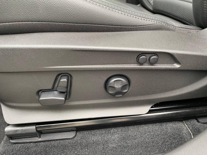 Photo 16 de l'offre de ALFA ROMEO Stelvio 2.2 Diesel 210ch Veloce Q4 AT8 MY20 à 55900€ chez Cap-Sud Automobiles - Quimper