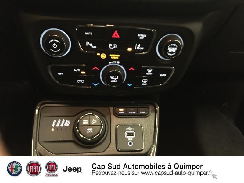 Photo 17 de l'offre de JEEP Compass 1.3 GSE T4 190ch Limited 4xe PHEV AT6 à 36990€ chez Cap-Sud Automobiles - Quimper