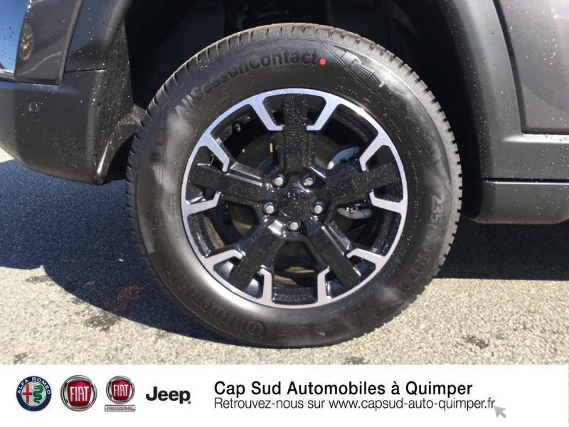 Photo 14 de l'offre de JEEP Compass 1.3 GSE T4 240ch Trailhawk 4xe PHEV AT6 à 39900€ chez Cap-Sud Automobiles - Quimper