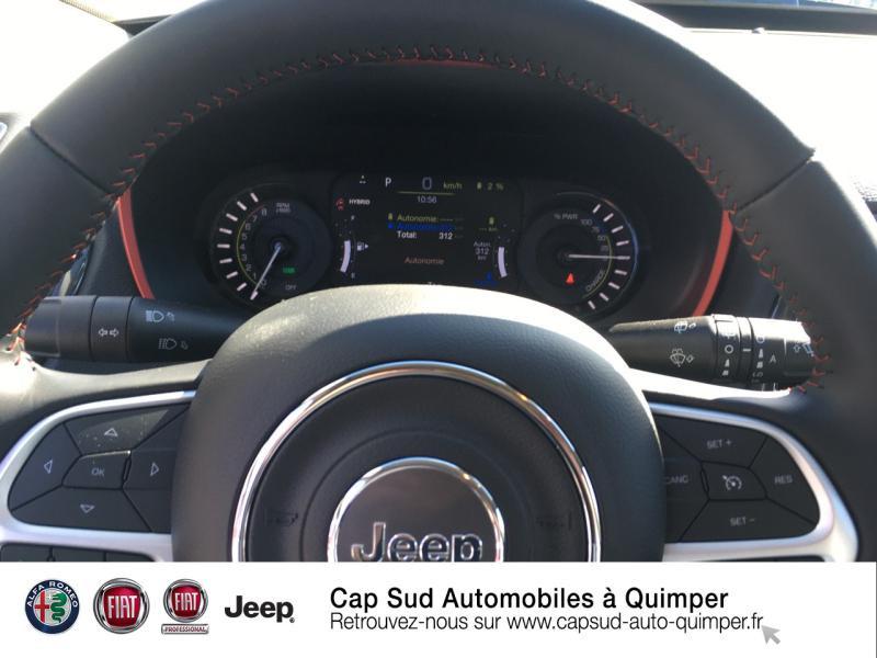 Photo 9 de l'offre de JEEP Compass 1.3 GSE T4 240ch Trailhawk 4xe PHEV AT6 à 39900€ chez Cap-Sud Automobiles - Quimper