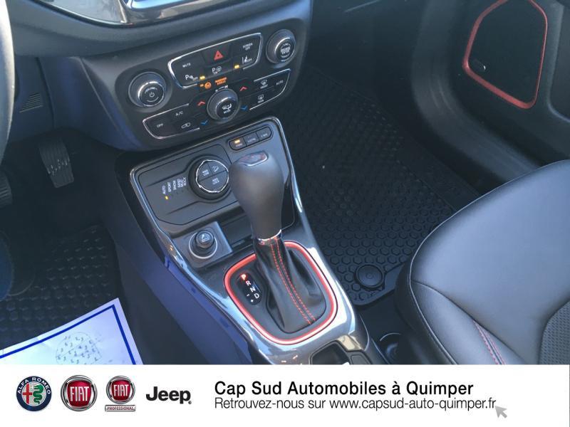 Photo 10 de l'offre de JEEP Compass 1.3 GSE T4 240ch Trailhawk 4xe PHEV AT6 à 39900€ chez Cap-Sud Automobiles - Quimper