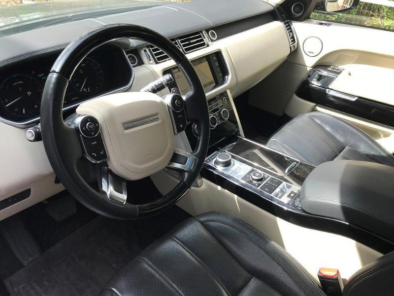 Photo 7 de l'offre de LAND-ROVER Range Rover 4.4 SDV8 Autobiography à 52950€ chez MURET - Citroën, DS Automobiles, VO toutes marques