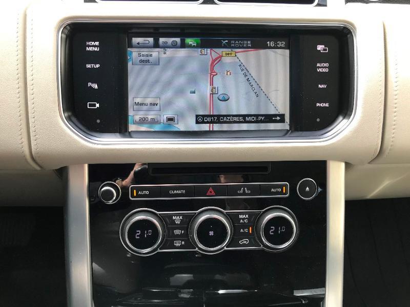 Photo 12 de l'offre de LAND-ROVER Range Rover 4.4 SDV8 Autobiography à 52950€ chez MURET - Citroën, DS Automobiles, VO toutes marques