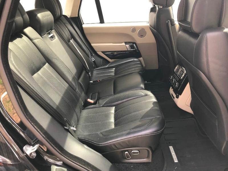 Photo 6 de l'offre de LAND-ROVER Range Rover 4.4 SDV8 Autobiography à 52950€ chez MURET - Citroën, DS Automobiles, VO toutes marques