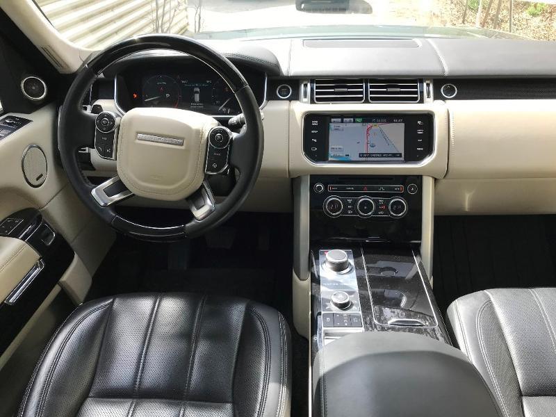 Photo 2 de l'offre de LAND-ROVER Range Rover 4.4 SDV8 Autobiography à 52950€ chez MURET - Citroën, DS Automobiles, VO toutes marques