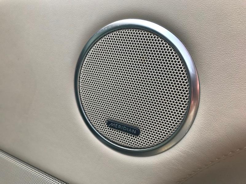 Photo 21 de l'offre de LAND-ROVER Range Rover 4.4 SDV8 Autobiography à 52950€ chez MURET - Citroën, DS Automobiles, VO toutes marques