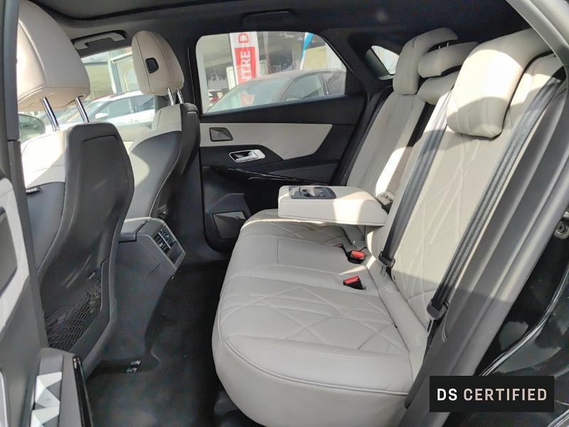 Photo 10 de l'offre de DS DS 7 Crossback BlueHDi 180ch Grand Chic Automatique à 55000€ chez Citroën Muret / DS SALON Muret