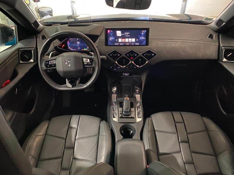Photo 3 de l'offre de DS DS 3 Crossback PureTech 130ch Grand Chic Automatique à 33000€ chez MURET - Citroën, DS Automobiles, VO toutes marques
