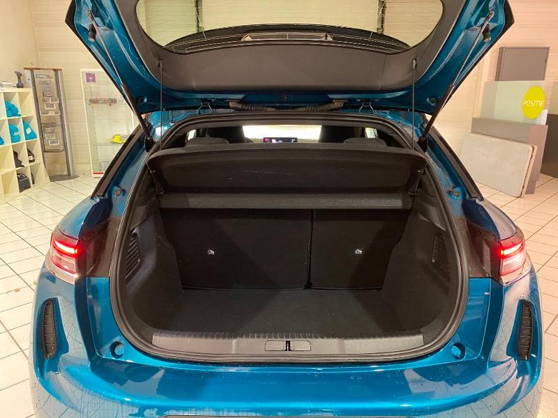 Photo 9 de l'offre de DS DS 3 Crossback PureTech 130ch Grand Chic Automatique à 33000€ chez MURET - Citroën, DS Automobiles, VO toutes marques