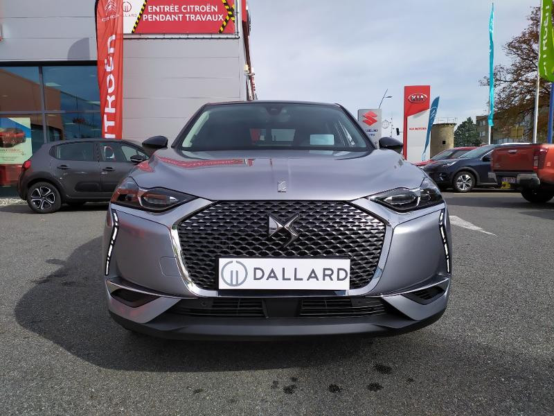 Photo 2 de l'offre de DS DS 3 Crossback BlueHDi 130ch Grand Chic Automatique à 34500€ chez Citroën Muret / DS SALON Muret