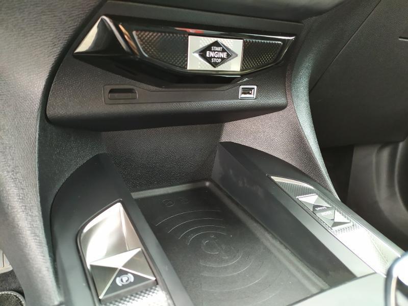 Photo 14 de l'offre de DS DS 3 Crossback BlueHDi 130ch Grand Chic Automatique à 34500€ chez Citroën Muret / DS SALON Muret