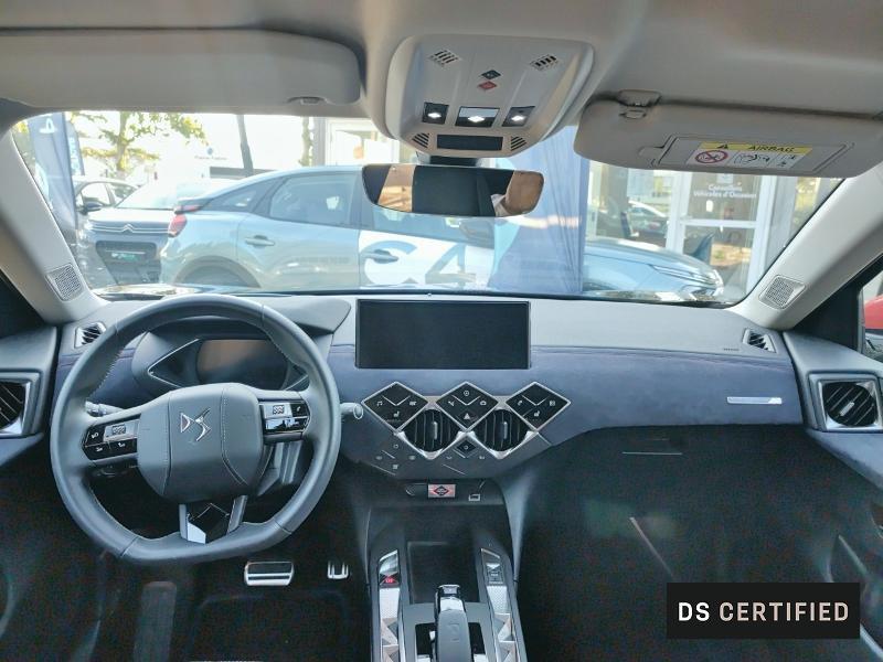 Photo 8 de l'offre de DS DS 3 Crossback E-Tense INES DE LA FRESSANGE à 45000€ chez Citroën Muret / DS SALON Muret