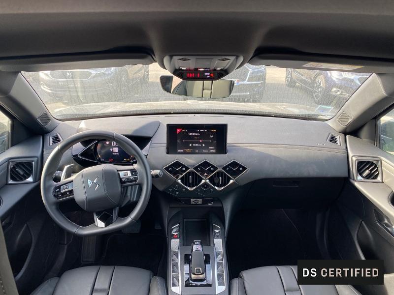Photo 8 de l'offre de DS DS 3 Crossback BlueHDi 130ch So Chic Automatique 7cv à 32500€ chez MURET - Citroën, DS Automobiles, VO toutes marques