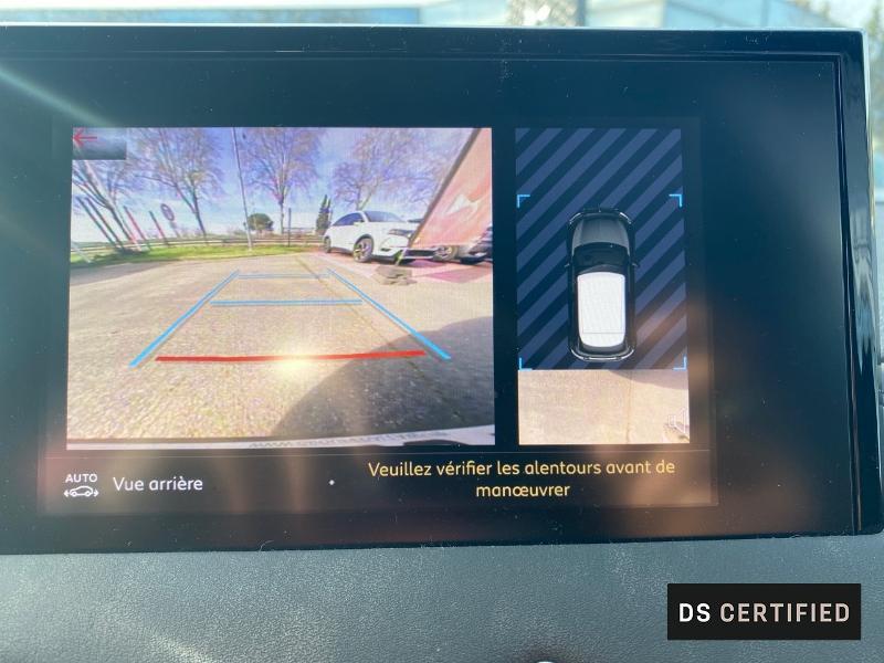 Photo 14 de l'offre de DS DS 3 Crossback BlueHDi 130ch So Chic Automatique 7cv à 32500€ chez MURET - Citroën, DS Automobiles, VO toutes marques