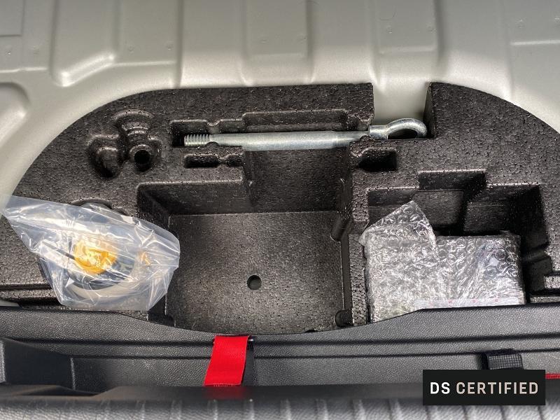 Photo 14 de l'offre de DS DS 3 Crossback E-Tense La Première 4cv à 32950€ chez Citroën Muret / DS SALON Muret