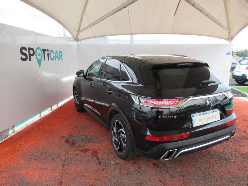 Photo 10 de l'offre de DS DS 7 Crossback E-TENSE 4x4 300ch Grand Chic à 52736€ chez Citroën Côte Basque / DS STORE Côte Basque