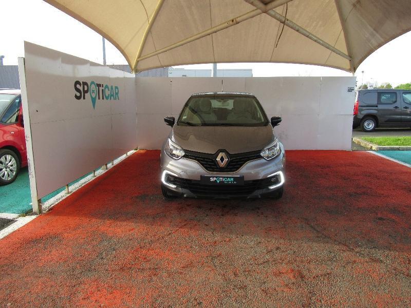 Photo 2 de l'offre de RENAULT Captur 1.5 dCi 90ch energy Business eco² à 13950€ chez Citroën Côte Basque / DS STORE Côte Basque
