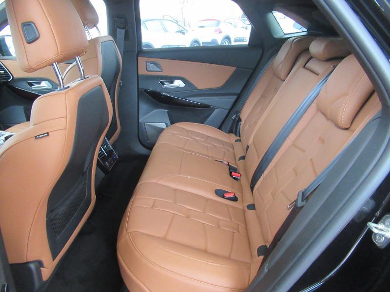 Photo 13 de l'offre de DS DS 7 Crossback E-TENSE 4x4 300ch Grand Chic à 52736€ chez Citroën Côte Basque / DS STORE Côte Basque