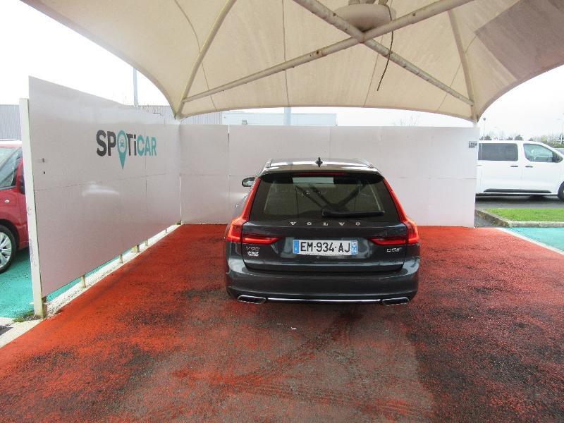 Photo 5 de l'offre de VOLVO V90 D5 AWD 235ch Inscription Geartronic à 34950€ chez Citroën Côte Basque / DS STORE Côte Basque