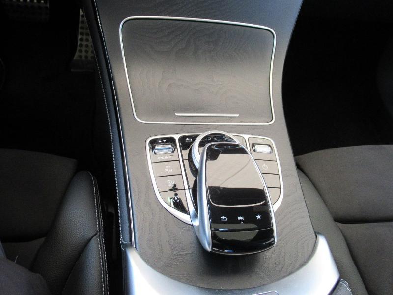 Photo 15 de l'offre de MERCEDES-BENZ GLC 220 d 170ch Executive 4Matic 9G-Tronic Euro6c à 36950€ chez Citroën Côte Basque / DS STORE Côte Basque