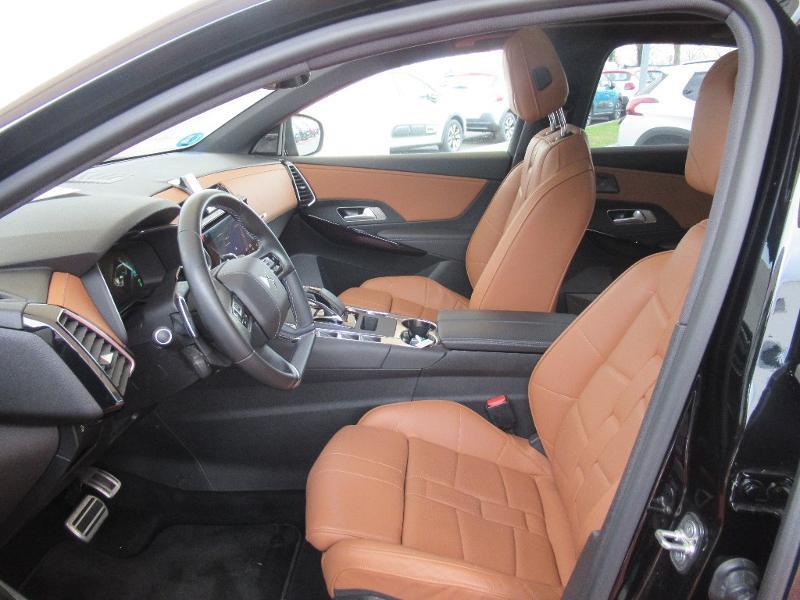 Photo 12 de l'offre de DS DS 7 Crossback E-TENSE 4x4 300ch Grand Chic à 52736€ chez Citroën Côte Basque / DS STORE Côte Basque