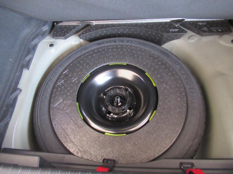 Photo 13 de l'offre de DS DS 3 Crossback BlueHDi 100ch Grand Chic à 30950€ chez Citroën Côte Basque / DS STORE Côte Basque
