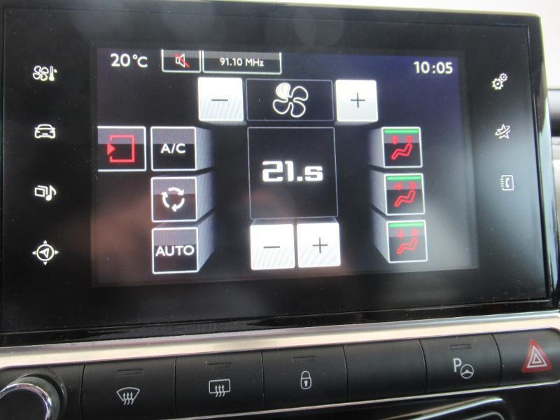 Photo 15 de l'offre de CITROEN C4 CACTUS BHDI 100 RIP CURL à 13950€ chez Citroën Côte Basque / DS STORE Côte Basque
