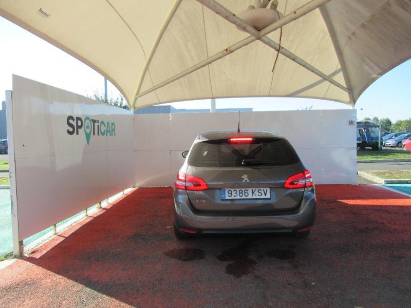 Photo 5 de l'offre de PEUGEOT 308 SW 1.5 HDI 130 BVM6 BUSINESS LINE BLUE à 16950€ chez Citroën Côte Basque / DS STORE Côte Basque