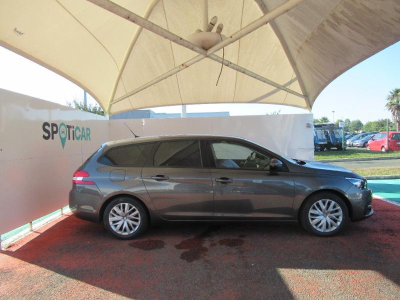 Photo 4 de l'offre de PEUGEOT 308 SW 1.5 HDI 130 BVM6 BUSINESS LINE BLUE à 16950€ chez Citroën Côte Basque / DS STORE Côte Basque