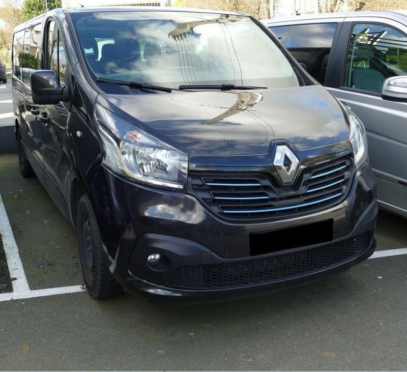 Renault TRAFIC III COMBI L2 1.6 DCI 125CH ENERGY INTENS 9 PLACES Diesel NOIR Occasion à vendre