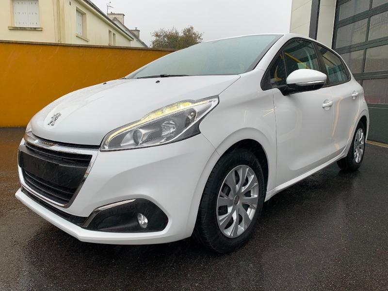 Peugeot 208 1.2 PureTech 82 Active 5p Essence Blanc Occasion à vendre