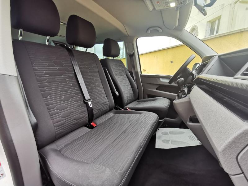 Photo 10 de l'offre de VOLKSWAGEN Caravelle T6.1 2.0 TDI 150 DSG7 BlueMotion Technology Confortline Long à 39990€ chez Cotten Autos avenue de la gare