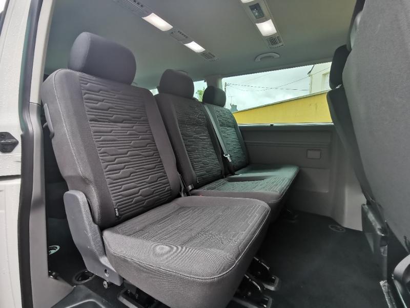Photo 8 de l'offre de VOLKSWAGEN Caravelle T6.1 2.0 TDI 150 DSG7 BlueMotion Technology Confortline Long à 39990€ chez Cotten Autos avenue de la gare