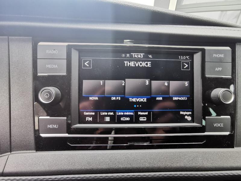 Photo 16 de l'offre de VOLKSWAGEN Caravelle T6.1 2.0 TDI 150 DSG7 BlueMotion Technology Confortline Long à 39990€ chez Cotten Autos avenue de la gare