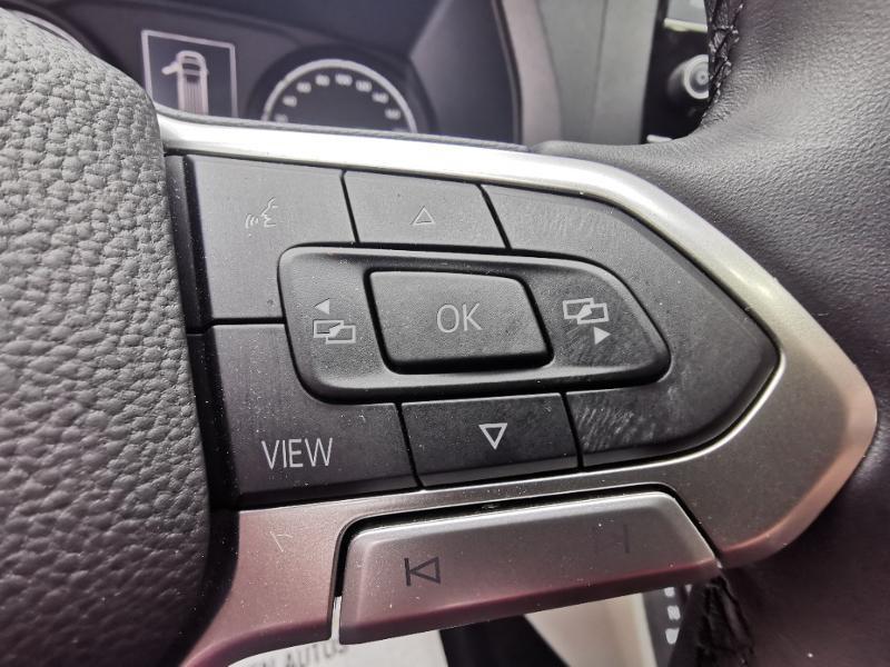 Photo 23 de l'offre de VOLKSWAGEN Caravelle T6.1 2.0 TDI 150 DSG7 BlueMotion Technology Confortline Long à 39990€ chez Cotten Autos avenue de la gare