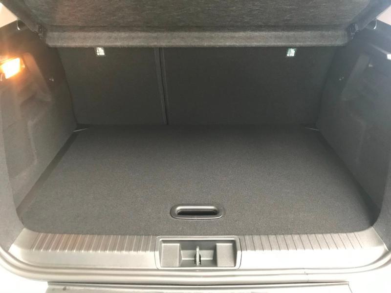 Photo 11 de l'offre de RENAULT Captur 1.6 E-Tech hybride 145ch Business -21 à 25990€ chez Cotten Autos avenue de la gare