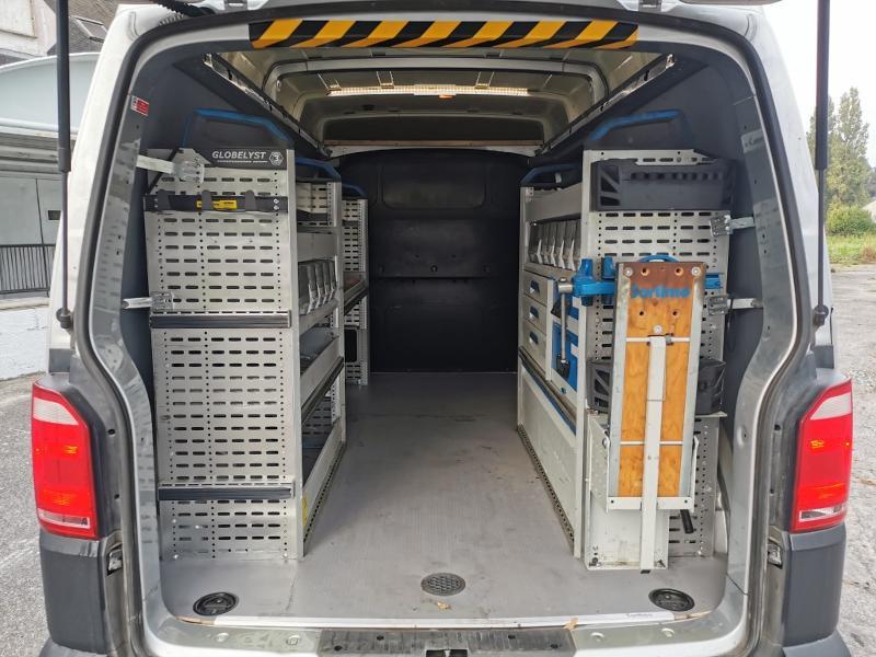 Photo 8 de l'offre de VOLKSWAGEN Transporter T6 3.2T L2H1 2.0 TDI 204 4Motion TTC à 31990€ chez Cotten Autos avenue de la gare