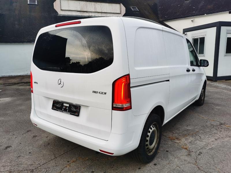Photo 6 de l'offre de MERCEDES-BENZ Vito Fg 116 CDI Compact Pro BVA à 22990€ chez Cotten Autos avenue de la gare