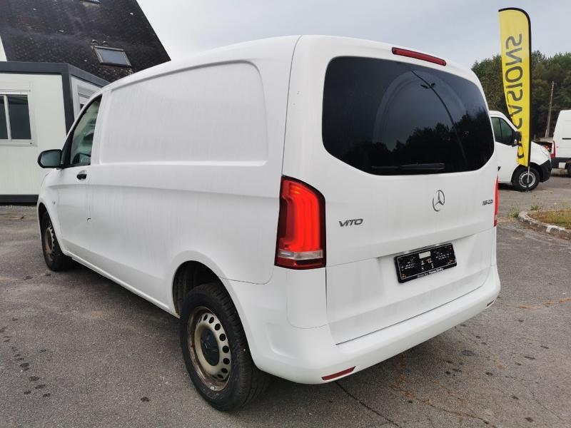 Photo 4 de l'offre de MERCEDES-BENZ Vito Fg 116 CDI Compact Pro BVA à 22990€ chez Cotten Autos avenue de la gare