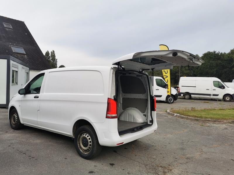 Photo 7 de l'offre de MERCEDES-BENZ Vito Fg 116 CDI Compact Pro BVA à 22990€ chez Cotten Autos avenue de la gare