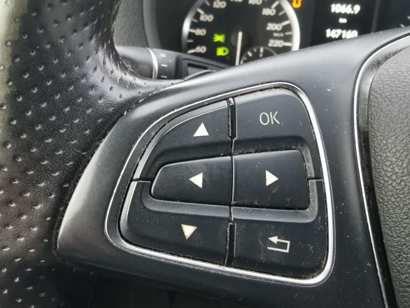 Photo 17 de l'offre de MERCEDES-BENZ Vito Fg 116 CDI Compact Pro BVA à 22990€ chez Cotten Autos avenue de la gare