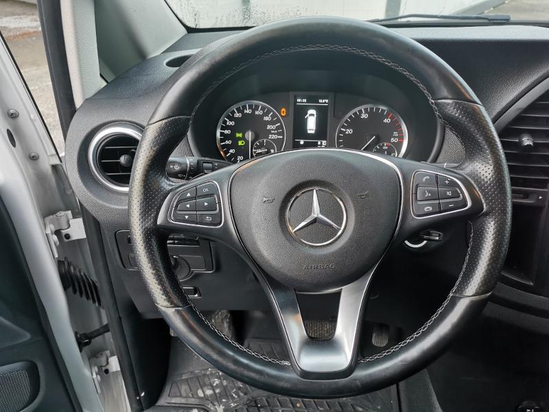Photo 14 de l'offre de MERCEDES-BENZ Vito Fg 116 CDI Compact Pro BVA à 22990€ chez Cotten Autos avenue de la gare