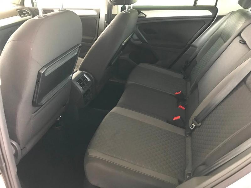 Photo 11 de l'offre de VOLKSWAGEN Tiguan 2.0 TDI 150 Confortline Business 4Motion à 21990€ chez Cotten Autos avenue de la gare