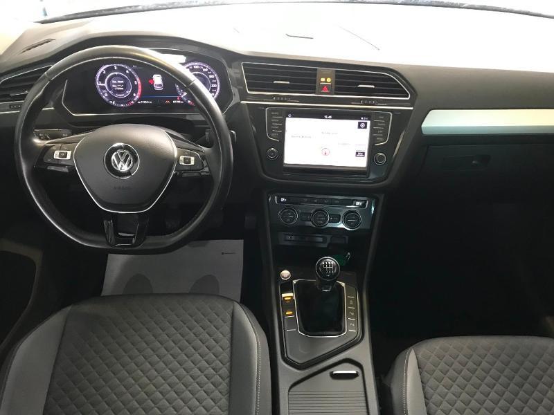 Photo 6 de l'offre de VOLKSWAGEN Tiguan 2.0 TDI 150 Confortline Business 4Motion à 21990€ chez Cotten Autos avenue de la gare