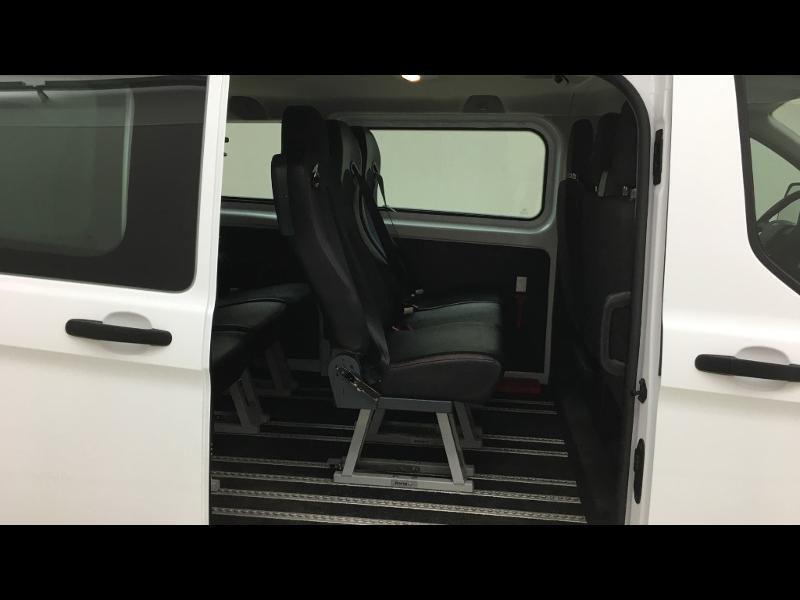 Photo 7 de l'offre de FORD Transit Custom Kombi 310 L2H1 2.2 TDCi 100 Ambiente à 25990€ chez Cotten Autos avenue de la gare