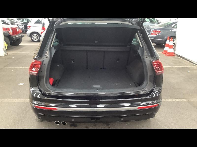 Photo 10 de l'offre de VOLKSWAGEN Tiguan 2.0 TDI 150 Confortline Business 4Motion DSG7 Euro6d-T à 33990€ chez Cotten Autos avenue de la gare