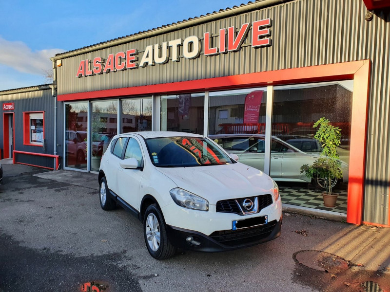 Photo 1 de l'offre de NISSAN QASHQAI 2.0 DCI 150CH ACENTA à 6890€ chez Alsace Auto Live