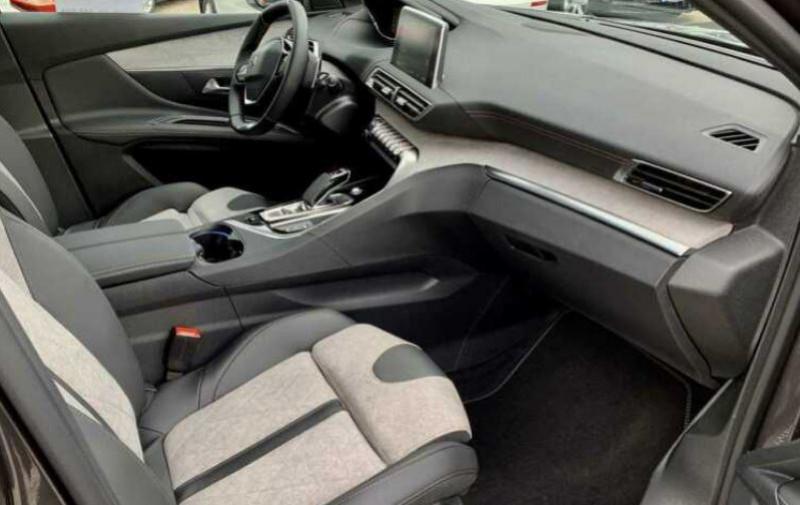 Photo 7 de l'offre de PEUGEOT 3008 HYBRID4 300CH GT E-EAT8 à 48100€ chez YM Automobiles
