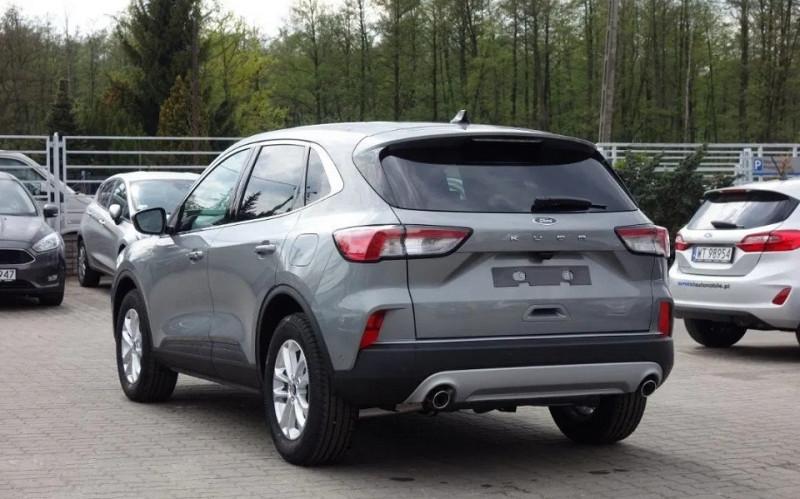 Photo 6 de l'offre de FORD KUGA 1.5 ECOBOOST 150CH TITANIUM à 26500€ chez YM Automobiles